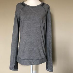 Lululemon Run for Gold long sleeve top gray
